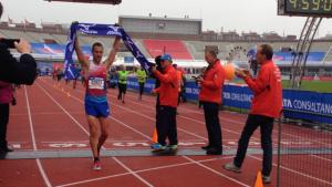 ruben geys wint halve marathon Amsterdam